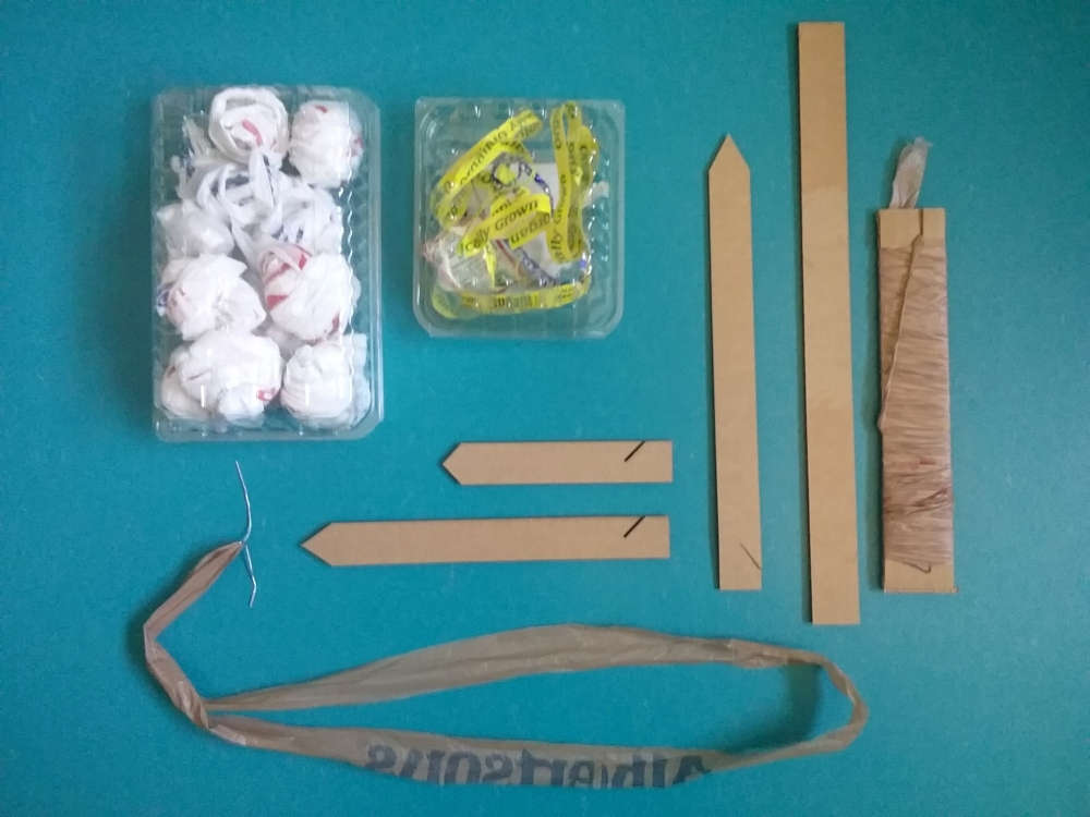 image of some useful tools to use with plarn